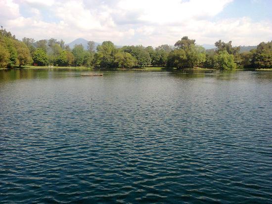 Presa Santa Catarina: Las relajantes aguas de manantial
