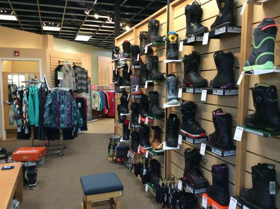 Christy Sports is the premier ski and snowboard rental company serving the mountain resorts and central cities of Colorado and Utah. We have expanded to serve skiers and snowboarders from coast-to-coast across the United States with our ski and snowboard rental shop affiliate program.
