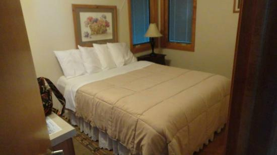 Cliff Dwellers Resort: The one bedroom