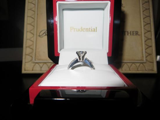‪Prudential Gem and Jewelry‬