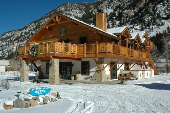 Hotel Cau Chamonix In Winter
