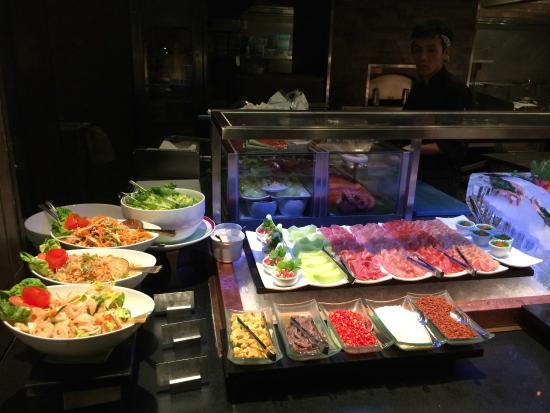 Riverside Terrace at Mandarin Oriental, Bangkok: อาหารญี่ปุ่น