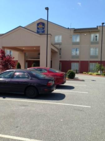 BEST WESTERN PLUS Georgetown Corporate Center Hotel: The Best Western at  Rhode Island