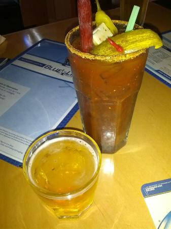 Blue Line Sports Bar and Grill: Sunday Funday anyone?
