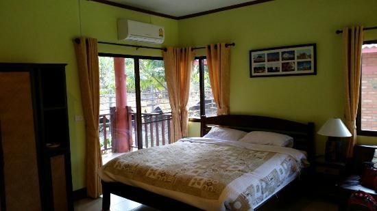 Ban Rai Tin Thai Ngarm Eco Lodge : Номер
