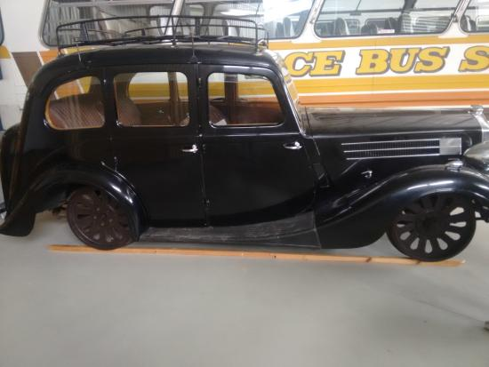 Tasmanian Transport Museum: Car modified to use railway lines