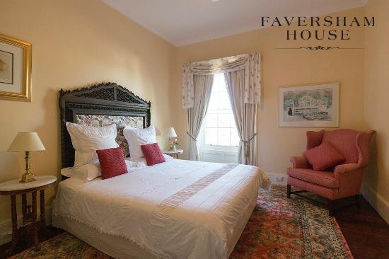 Faversham House York: Rose room, mansion room with private bathroom