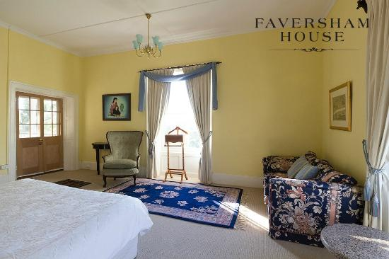 Faversham House York: Pines, Premier verandah ensuite room