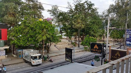 White Sand Resortel: Beach view from 406 balcony