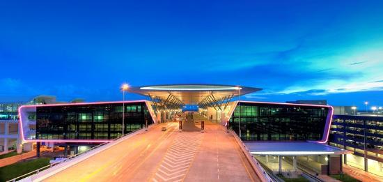 吉隆坡国际机场二号航站楼通道