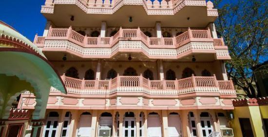 Sajjan Niwas : Hotel