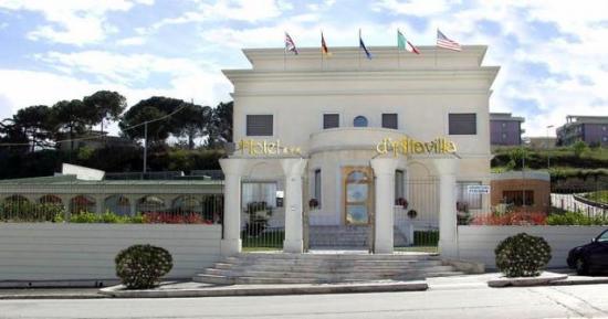 Hotel d'Altavilla: entrata