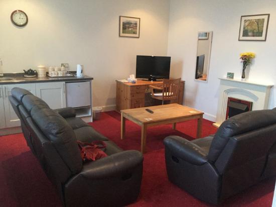 Balmoral Hotel: Lounge/living