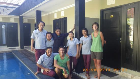 Legian Guest House: Photo de groupe