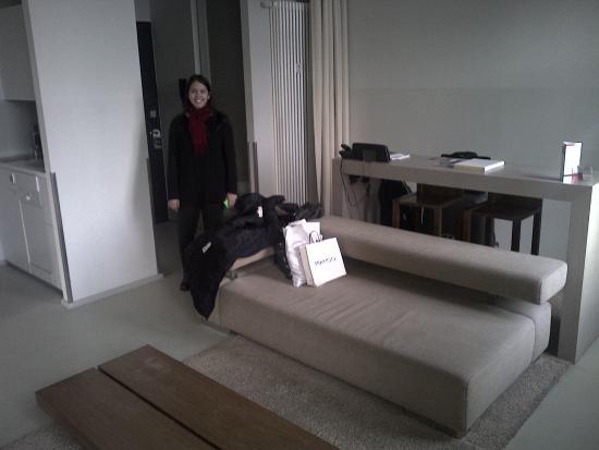 Lux 11: Big room!