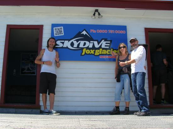 Skydive Fox Glacier: Yeah, Skydive H=Fox Glacier - 16,500 feet of awesomeness!