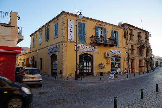 Alkisti City Hotel: отель