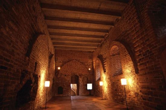 Hame Castle: ハミ城内部