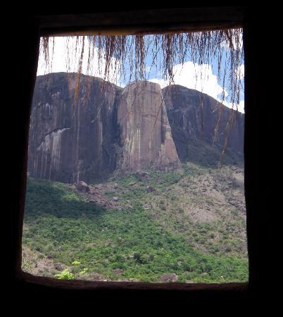 vue sur cour, hé hé, ... - Picture of Tsarasoa, Ambalavao ...