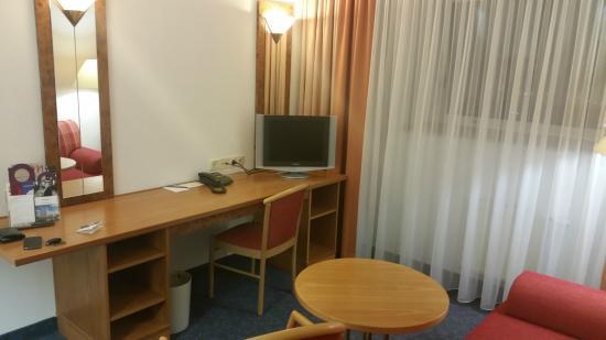 Mercure Hotel Kongress Chemnitz: Pokój dzienny