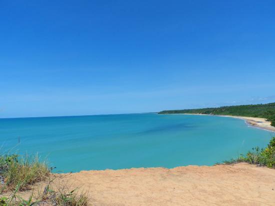 Satu Beach: Vista do alto da Praia de Satu - Trilha para a praia de Espelho