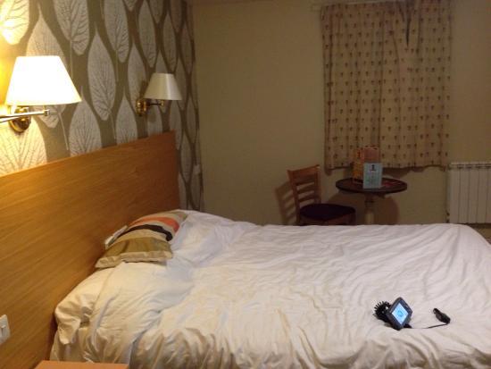 Sturdy's Castle Country Inn: Bedroom on ground floor