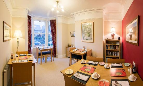 Grassmoor Guest House: Breakfast Room