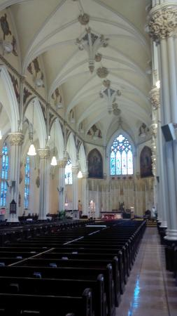 Cathedral of Saint Mary: Inside