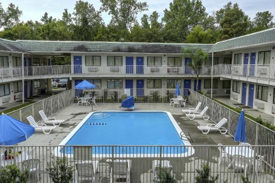 Motel 6 Baton Rouge Port Allen Prices Amp Reviews La