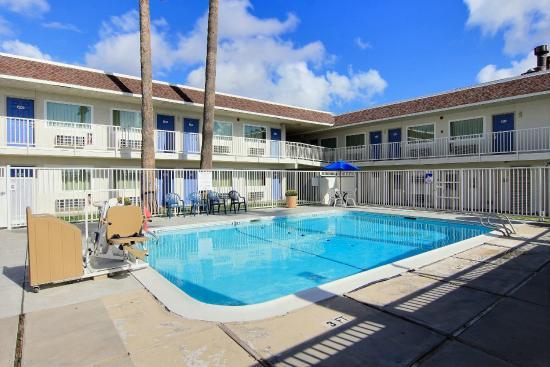 Motel 6 Corpus Christi - N. Padre Island