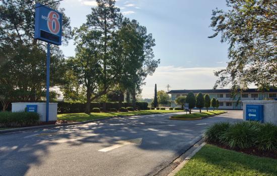Motel 6 Valdosta University