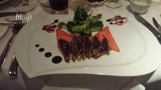 Delta Bistro: Tuna starter