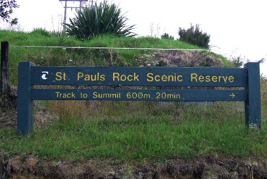 Whangaroa, New Zealand: sign