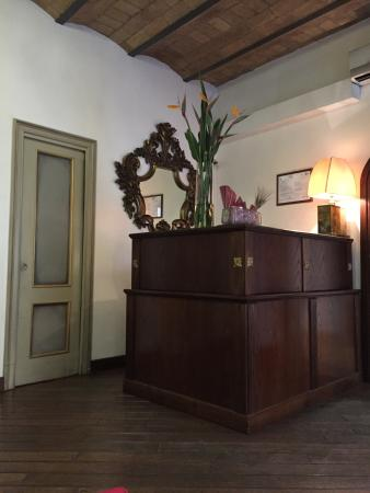 Antica Locanda: Reception Desk