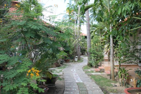Nhat Quang Family: Gartenanlage