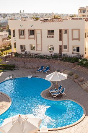 Shark's Bay Oasis Hotel: swimming pool