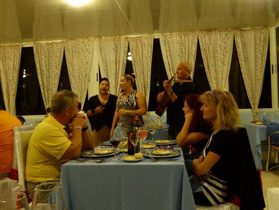 Hotel Brisas Covarrubias: A la carte entertainment
