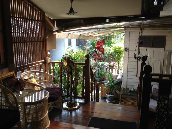 Baan Chantra: Petit salon commun