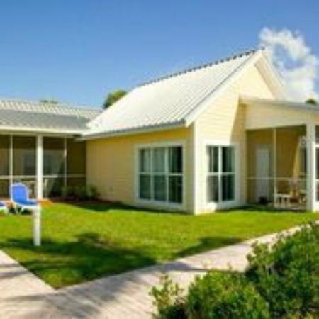 Islander Resort, a Guy Harvey Outpost : Suite beach enterance