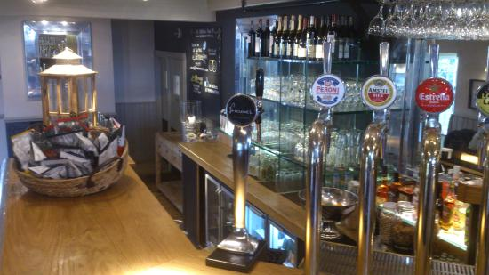 The Marchmont Arms: Trendy bar with good selection.