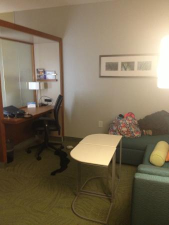 SpringHill Suites Pensacola: Office/sitting area