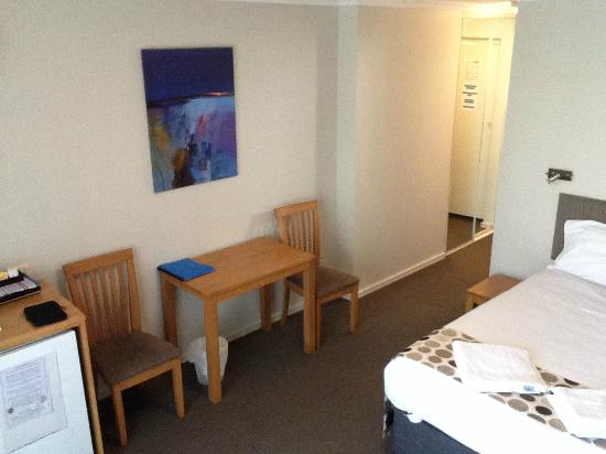Mandurah Motel and Apartments : room