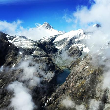 Over The Top - The Helicopter Company - Tours: The Alps