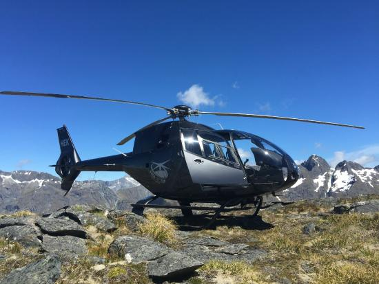 Over The Top - The Helicopter Company - Tours: Over the Top