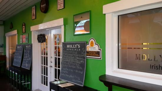 Molly Malone's Irish Pub & Eatery