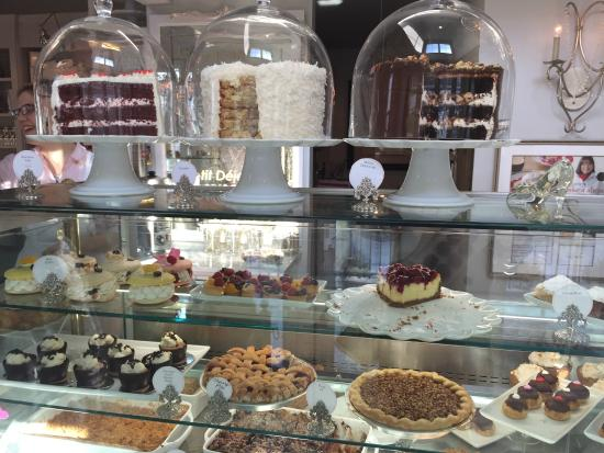 The Cake Bake Shop In Indianapolis Indiana