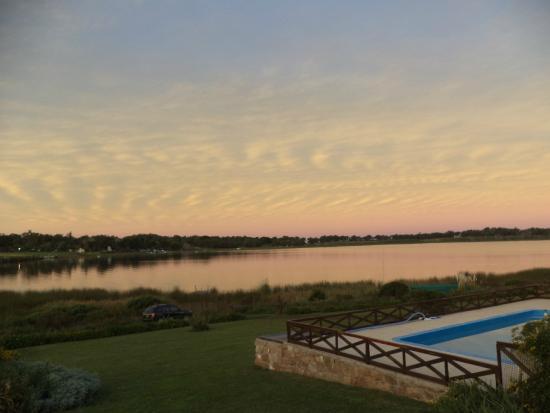Orange Stone: Laguna Brava en sinfonia rosa.......