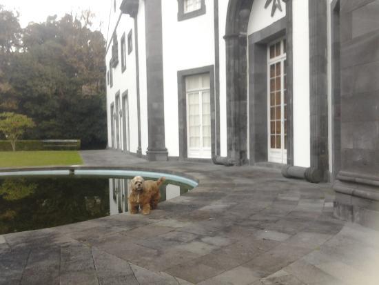 Residencial Casa do Jardim: casona