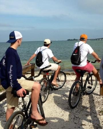 Sundial Beach Resort & Spa: Bikes provided for the whole family each day - very comfortable trails