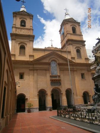Our Lady of Rosario Basilica: entrada